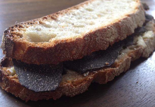 sandwich-rostang-truffe