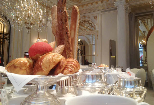 brunch-plaza-athénée-ducasse-michalak