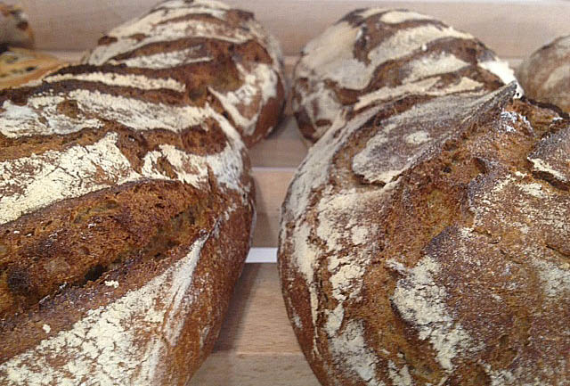 boulangerie-les-mains-libres-marseille-bio-farinoman