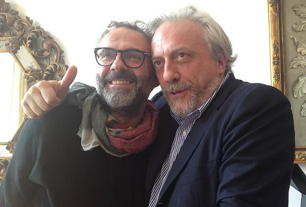 Massimo Bottura et son ami Davide Scabin, saisis dans mon Iphone aux 50 Best 2014 à Londres
