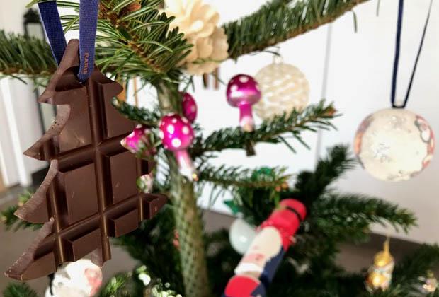 noel-sapin-hevin-boule-chocolat